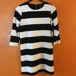 Forever 21 Contemporary Striped Dress Size Small